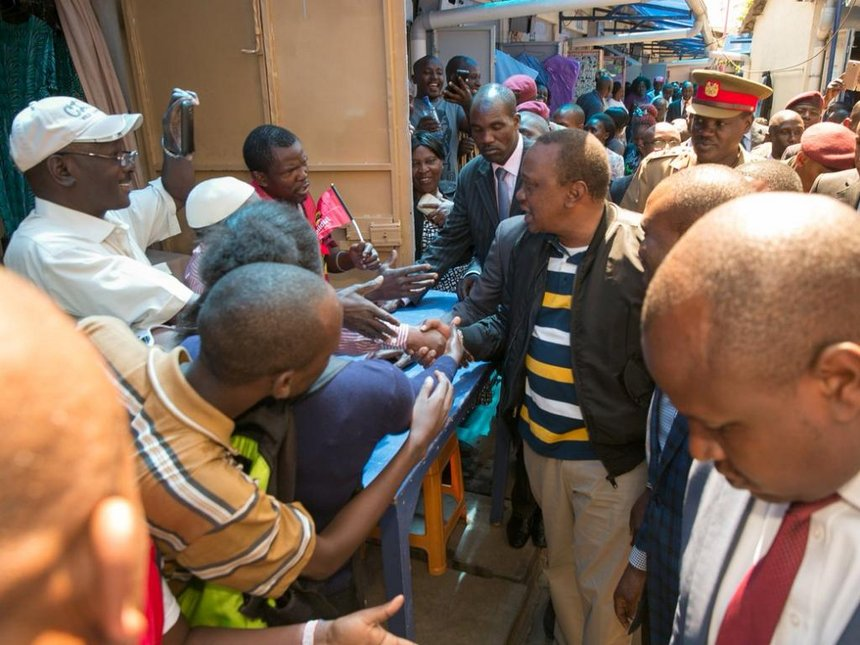 Remember us in jobs, Nairobi Luhyas tell Uhuru and Sonko