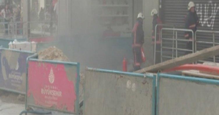 İstiklal Caddesi'ndeki yeraltı kablolarında yangın