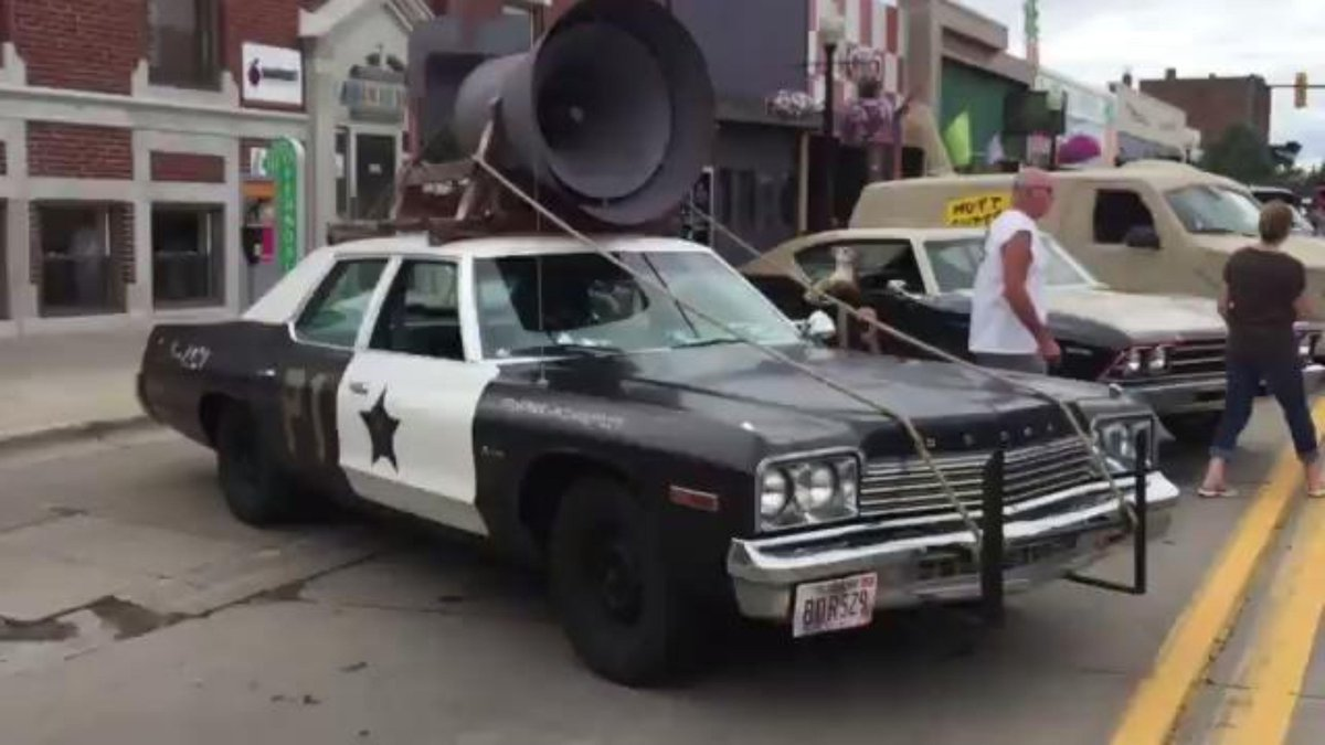Video: Vintage police, fire, TV and movie vehicles in Ferndale
