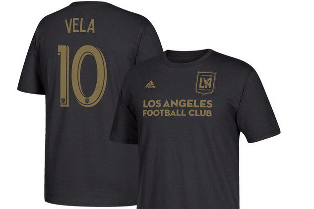 RT @MLS: 🚨 @11carlosV #🔟  shirts now available 🚨  Purchase here: https://t.co/PLUprxsgDk https://t.co/zBhv4Ep8zG