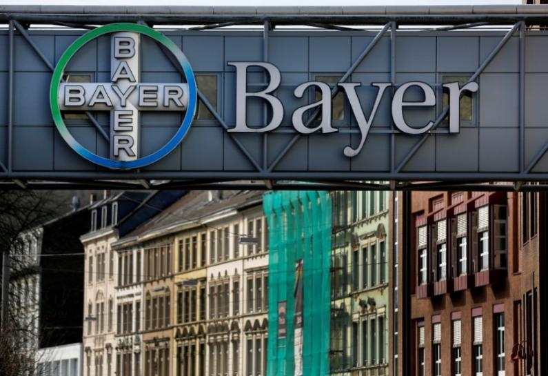 test Twitter Media - Bayer, J&J win third U.S. trial over Xarelto bleeding risk https://t.co/Bmri0kufqN https://t.co/SqXAW2PlBb