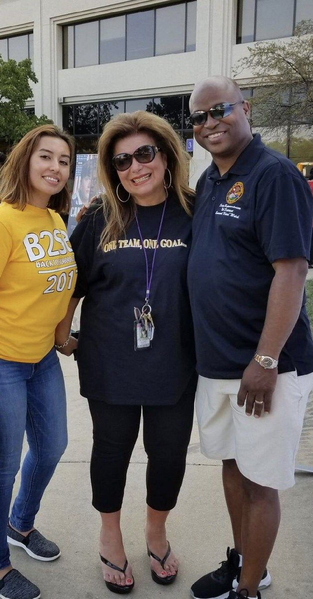 test Twitter Media - Good to be at Proviso High School District 209 to wish the administrators, teachers, staff and students well! Fantastic Back to School Bash! https://t.co/fFj8NKa36T