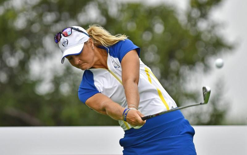 test Twitter Media - Golf: Underdogs Europe seize early one-point lead in Solheim Cup https://t.co/hMBdM5ZGvP https://t.co/mZf2gI7HuY