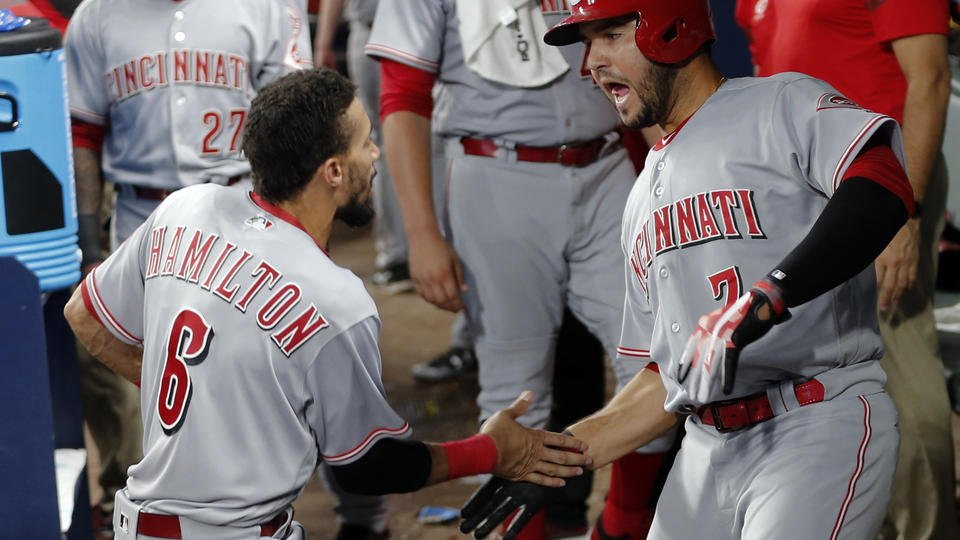 Romano sharp as Reds hit 3 HRs in 6th, beat Braves 5-3