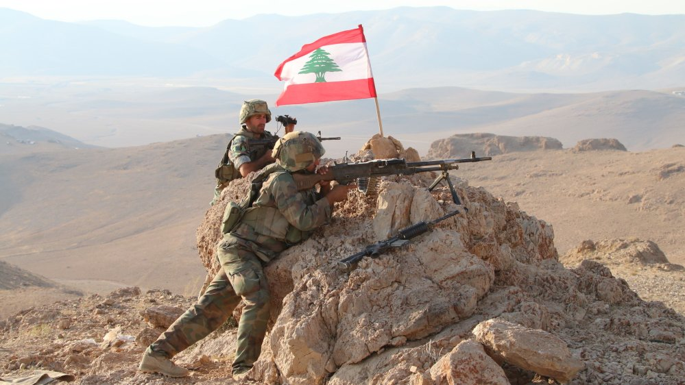 Lebanese army begins military offensive against ISIL on border with Syria