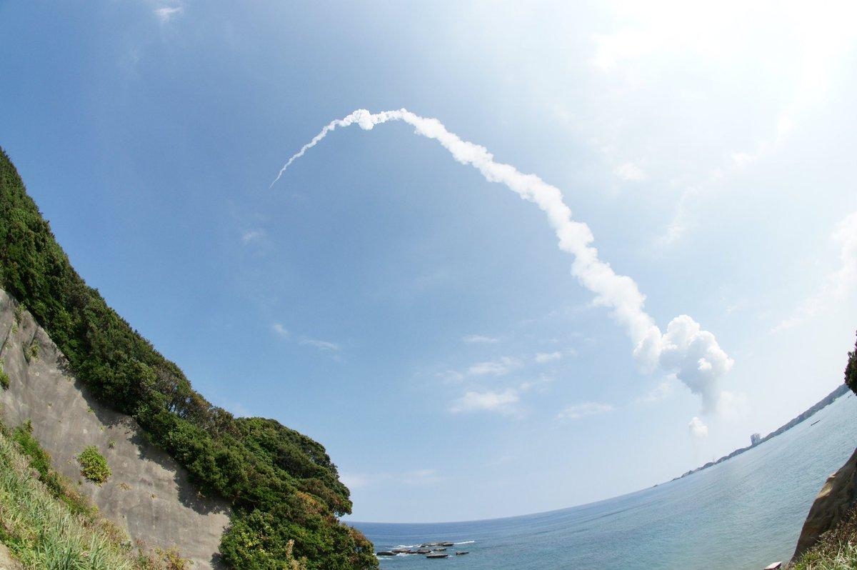 """あの""""ロケットロード""""が流れるまでの余韻 それを含めて """"打ち上げ""""って言うんだ。宇宙兄弟より-デニール・ヤング-#H2"""