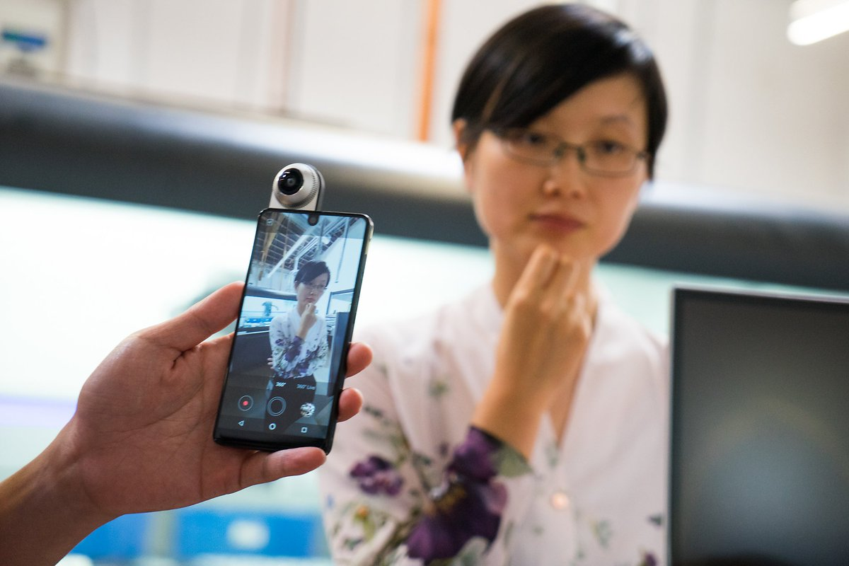 Android creator makes a new-generation smartphone