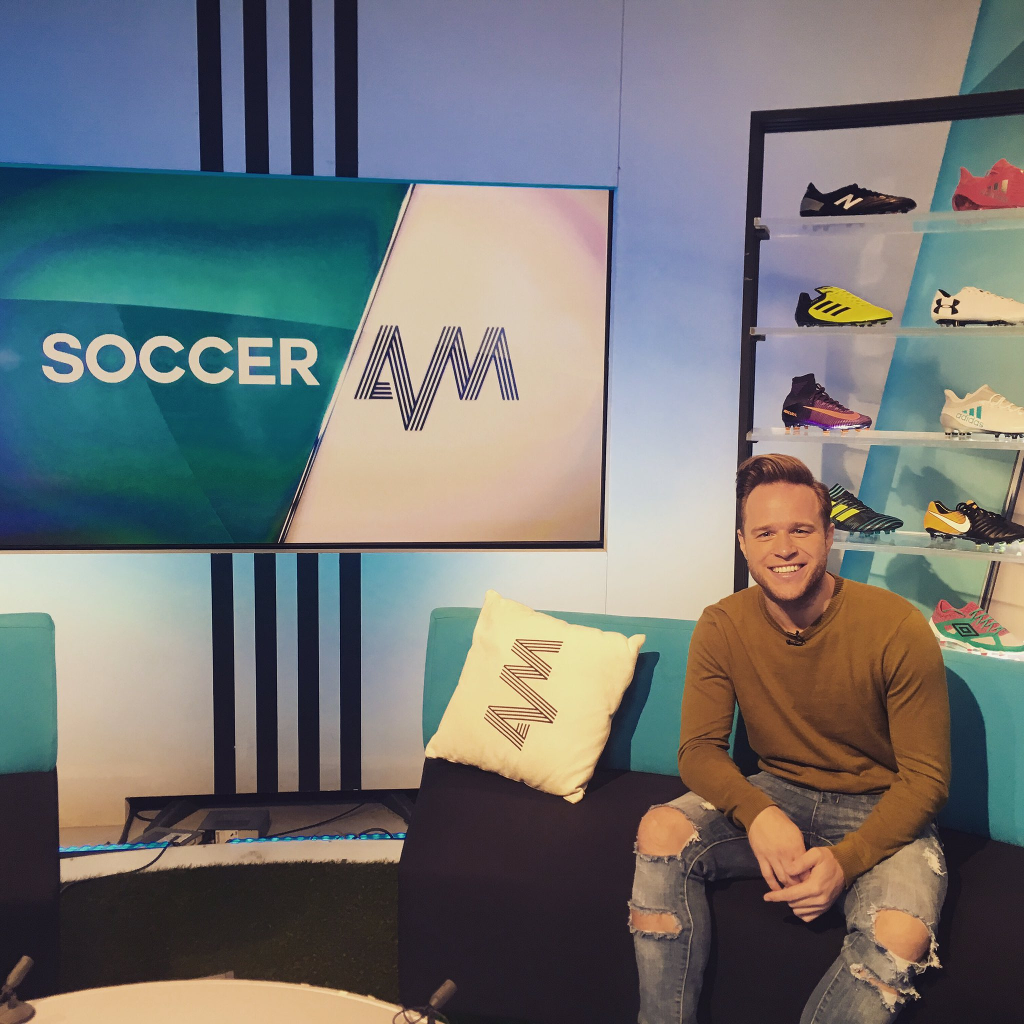 On @SoccerAM right now talking all things football, especially #game4grenfell and #bradleylowery games coming up! ���� https://t.co/oQNDwfclWi