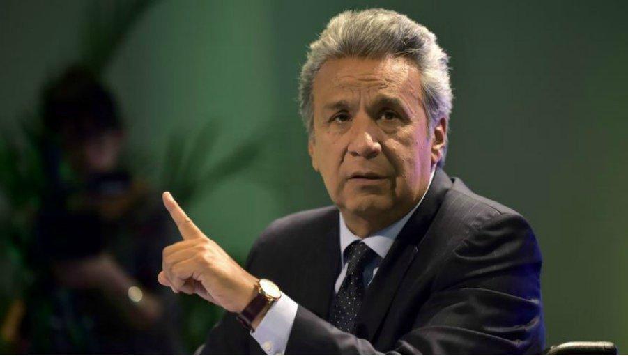Ecuador retira a sus embajadores de Venezuela y Cuba