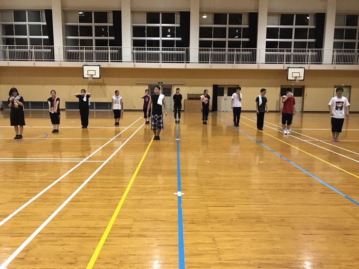 本日は練習日でした〜〜🎶明日は10時から練習です👍いよいよ県大会まで後1週間となりました。まだまだ出来ていない所ばかりで
