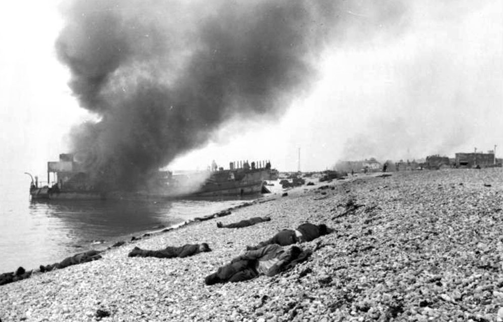 Canadian government delegation marks 75th anniversary of Dieppe raid