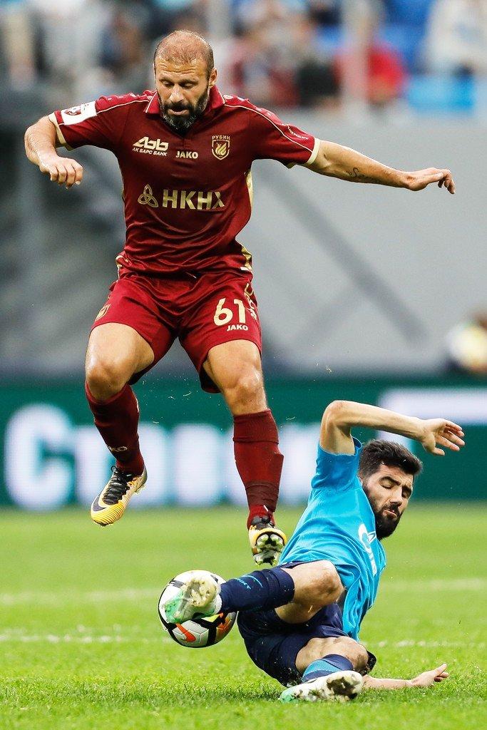 RT @tribundergi: 37 yaşındaki Gökdeniz Karadeniz, bugün Kazan'ın Anzhi'yi 6-0 yendiği maçta 1 gol 3 asistle oynadı. https://t.co/2MCNloeL1O