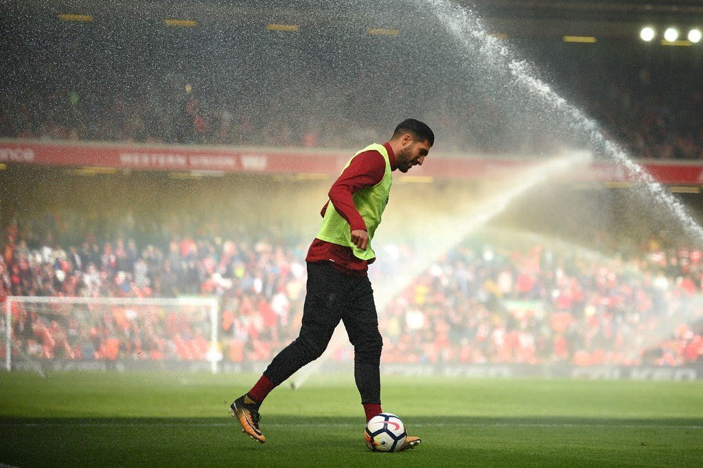 RT @RousingTheKop: Great snap of Emre Can before the game this afternoon 📸 https://t.co/s7YOXnmGG9