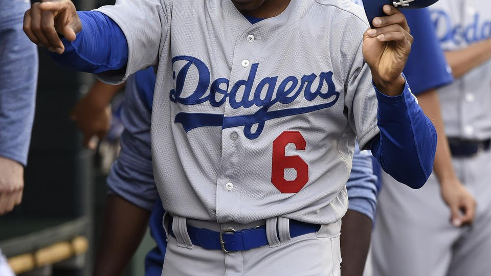 Gonzalez, 4 pitchers lead Dodgers past Tigers, 3-0