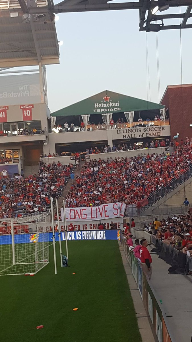 RT @AmericanCasual1: Inebriatti (Tornoto FC) giving a shout out to friends Sector Latino (Chicago Fire) #mls https://t.co/03NOfogWGo