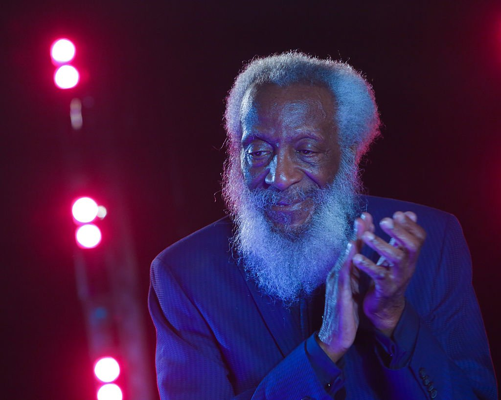 RT @TheUndefeated: RIP to the incredible Dick Gregory. https://t.co/p1BAcqDmK7