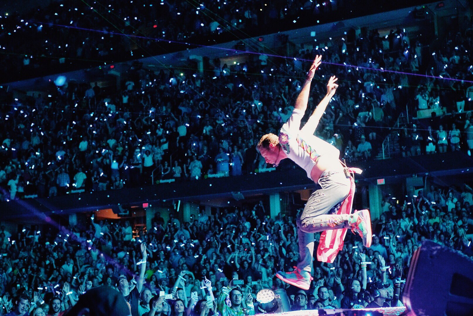 A Sky Full Of Stars R42 #ColdplayCleveland #Coldplay https://t.co/Myals65IE2