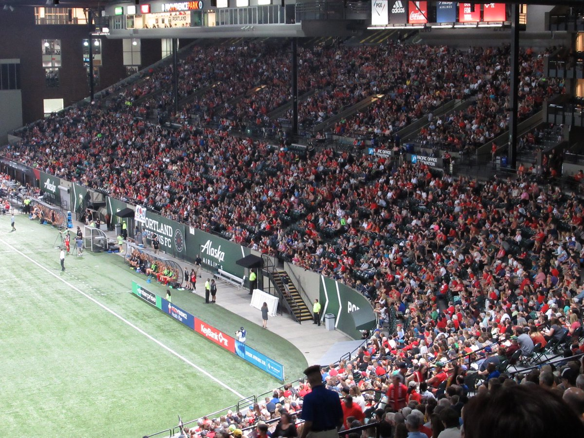 Mostly full Providence Park A:19,672 per @ThornsFC #PORvHOU https://t.co/ys8ogfieEB