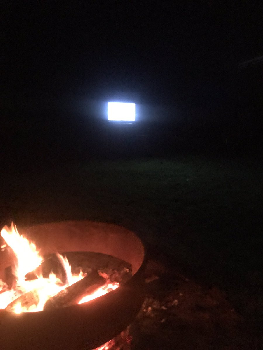 @MattSpiegel670 Fire and the bears game! Waiting patiently for trubisky https://t.co/1Nrscgxudj