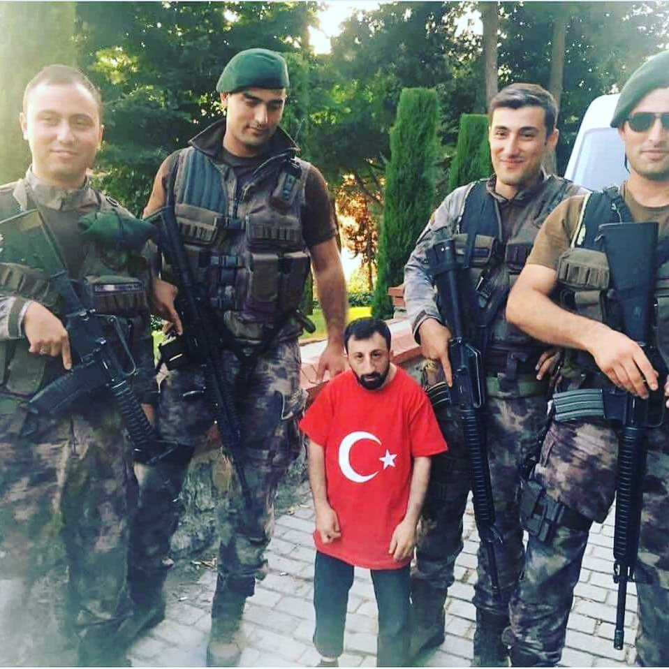 RT @HakanAliTuran2: #BugünGünlerdenTrabzonspor https://t.co/0L1vG3UdKt
