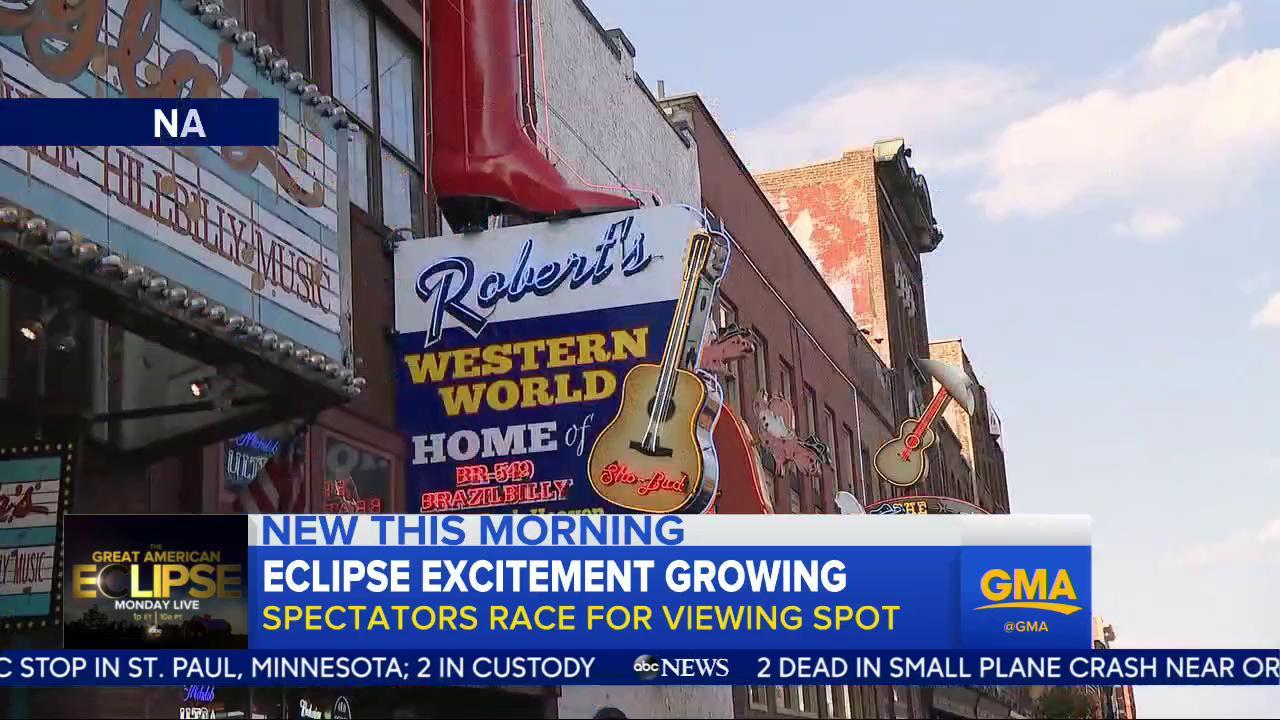 WATCH: Eclipse excitement growing; spectators race for viewing spots: https://t.co/ZdwzVSsXUq @Ginger_Zee https://t.co/2rJdl9DdS5