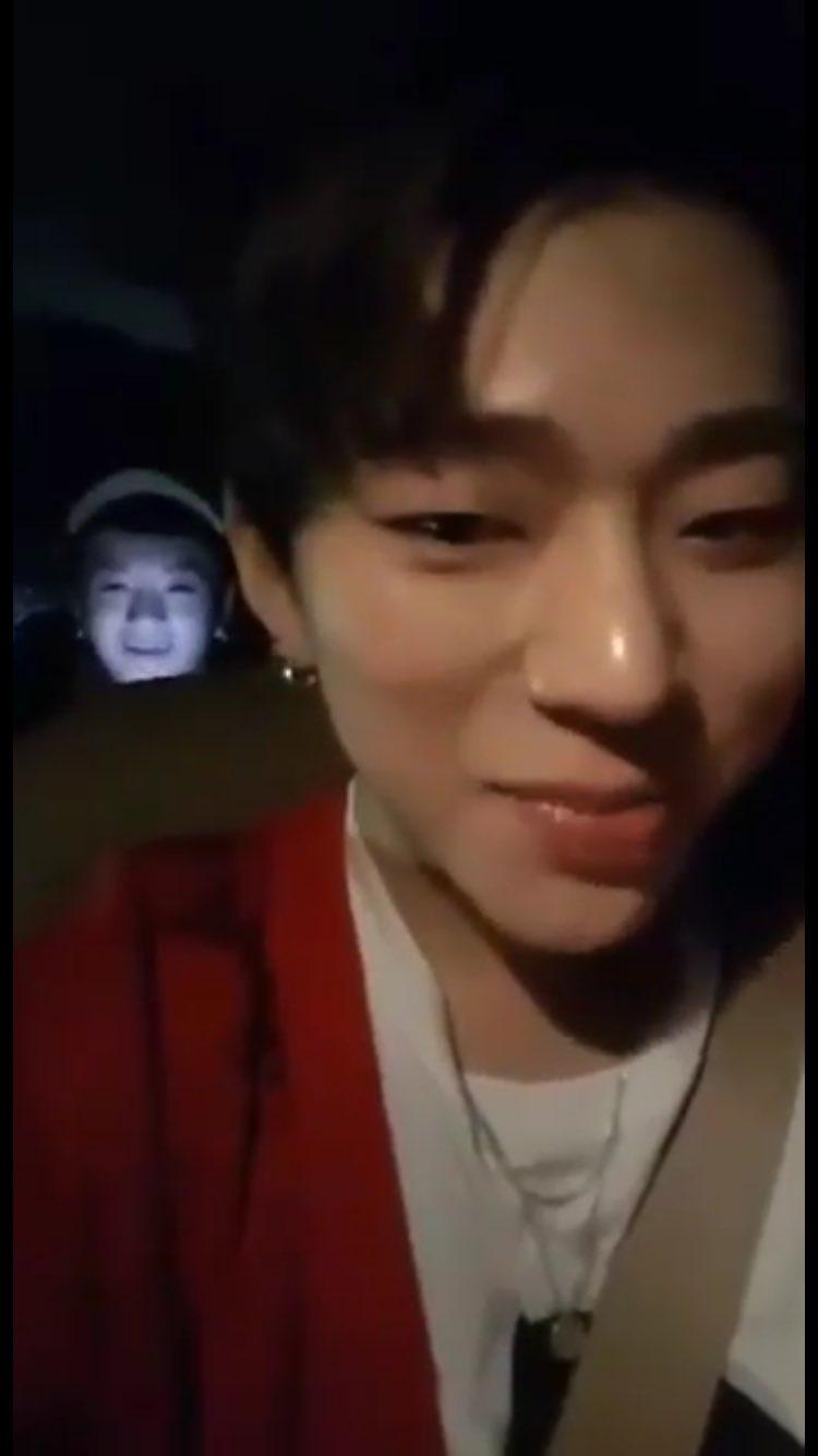 Not creepy at all Lee Taeil............ https://t.co/vZxrqPfwb7