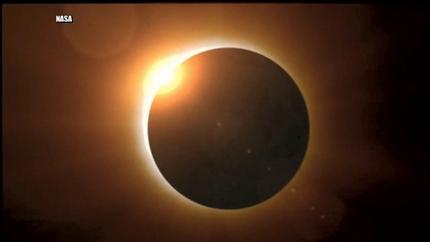 Solar safety: Wear solar specs or make a viewer for Monday's eclipse