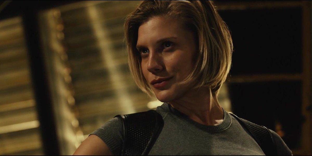 Did The Flash Cast Battlestar Galactica's Katee Sackhoff? - https://t.co/WaARrlbmtF https://t.co/IfyeNuc0Gm