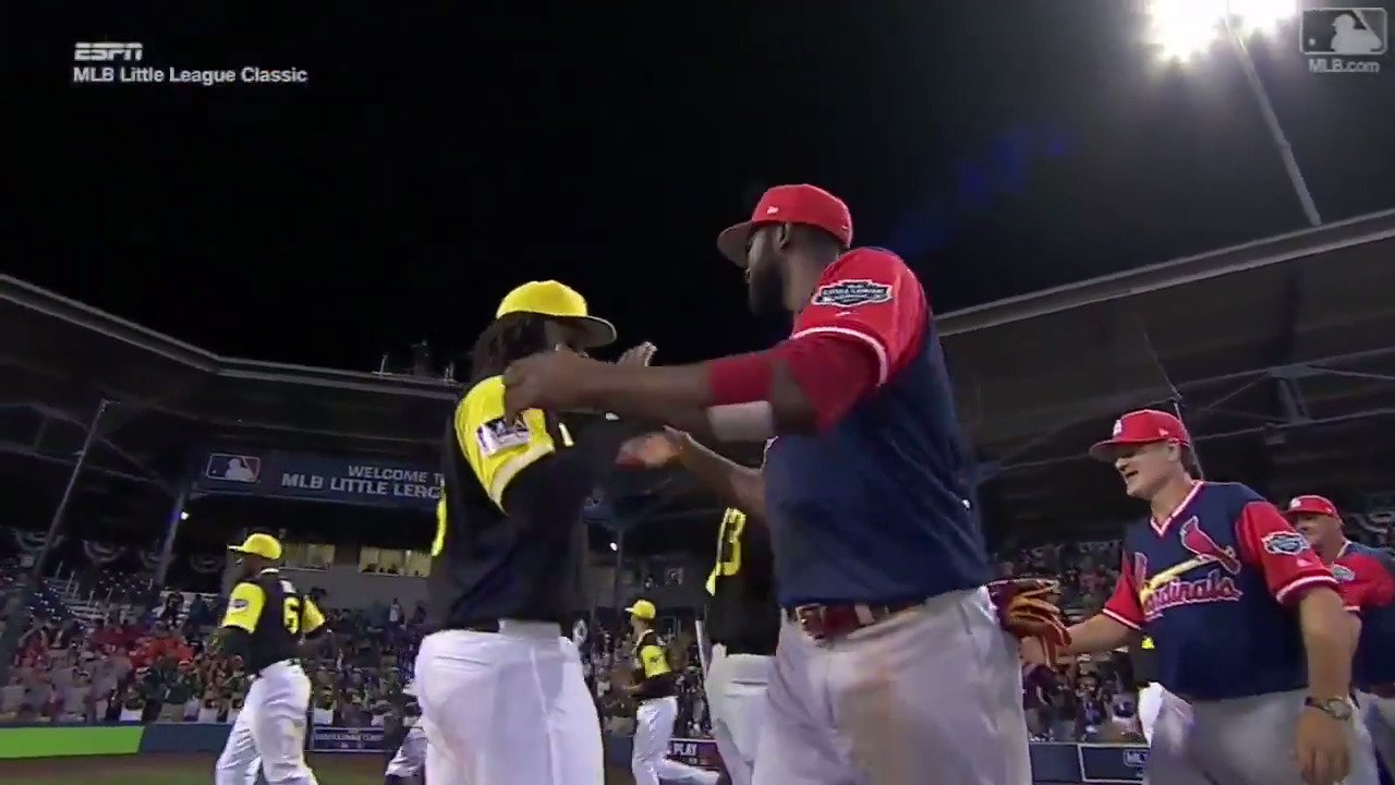 """Good game. Good game. Good game …""   It really was. #MLBLittleLeagueClassic https://t.co/YJy0He8zjw"