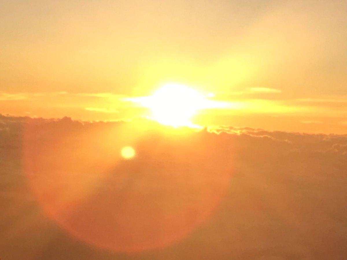 バースデー俺も今日で17かなんというものでしょう、人生というものは富士山の御来光テラフォーマーズのオープニングっぽさを感