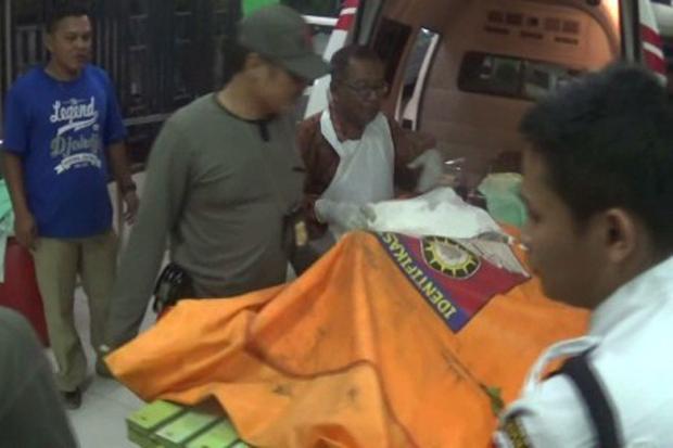 Dibunuh, Pemuda Ditemukan Tewas Telanjang di Bawah Jembatan https://t.co/UczikgEcHw https://t.co/NAeEBqLbO6