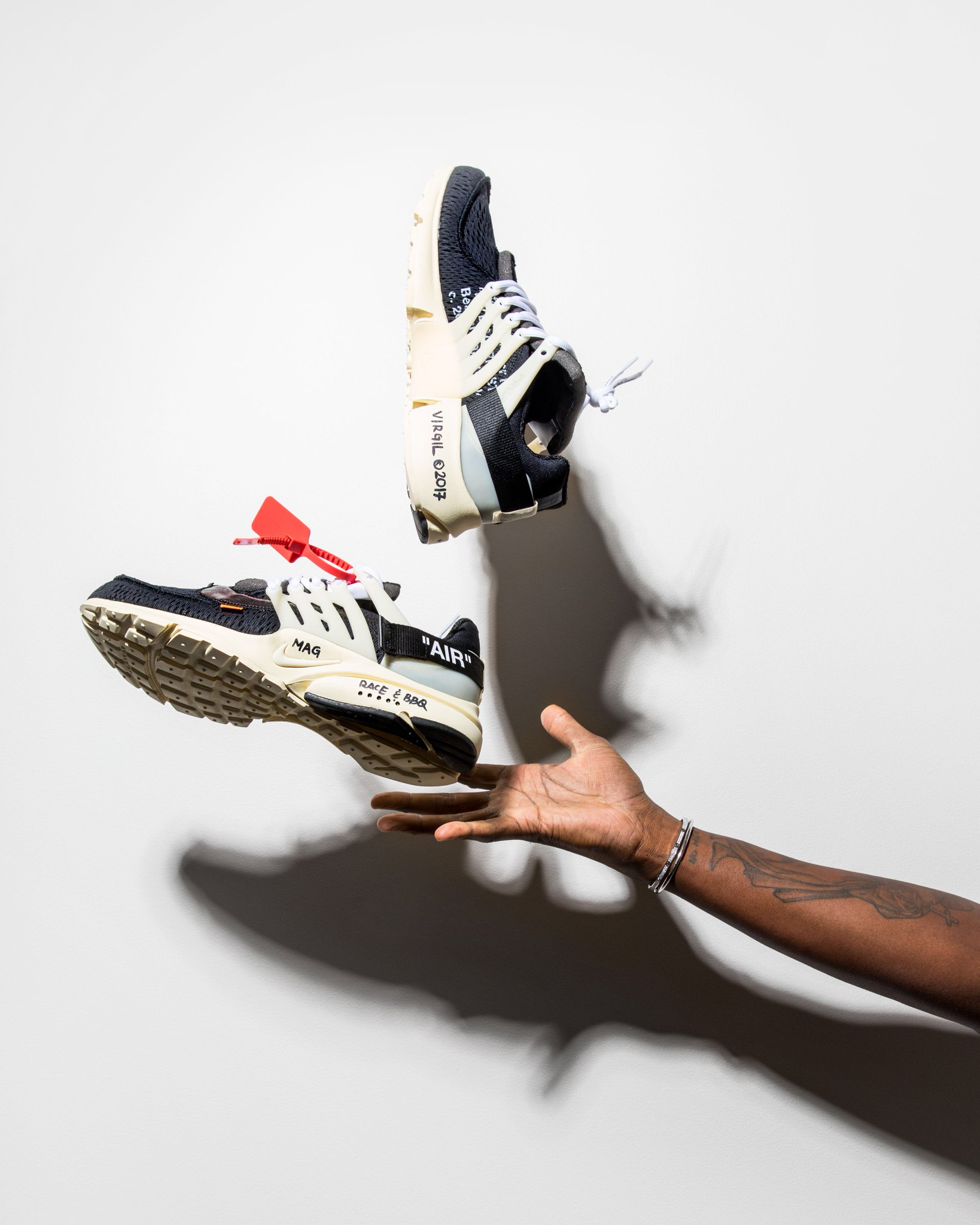 EXCLUSIVE: @VirgilAbloh and @Nike unveil 'The Ten' sneaker collection https://t.co/1oRNZOvtWZ https://t.co/xijET1tqMh