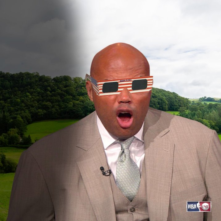 How Chuck sees the Solar Eclipse… ��☀️��  #SolarEclipse2017 https://t.co/GUzkadvABY