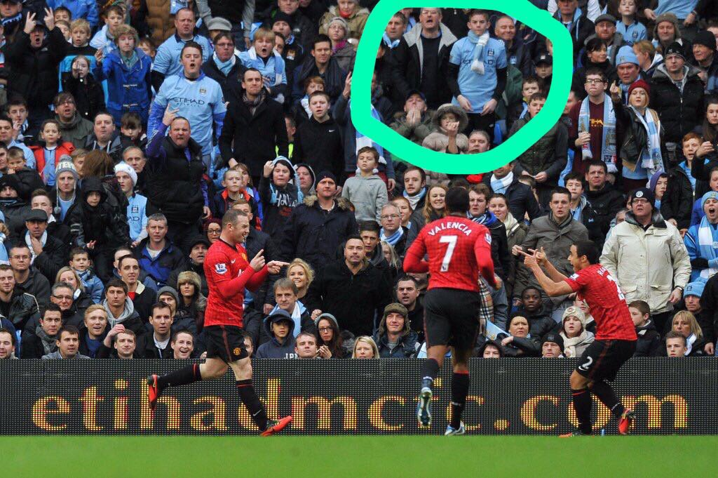 4 years later. Wayne Rooney still pissing these two City fans off #mufc https://t.co/ajoBeOKCnp