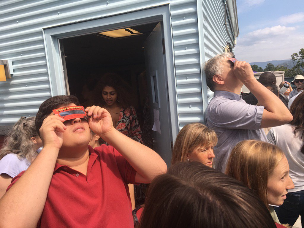 test Twitter Media - Crowds gathering on the observation deck on the physics building to watch a part of #eclipse2017 https://t.co/TflJsPF4QT