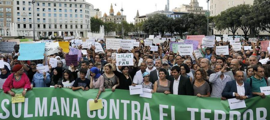 La comunidad musulmana clama contra el terrorismo en Barcelona