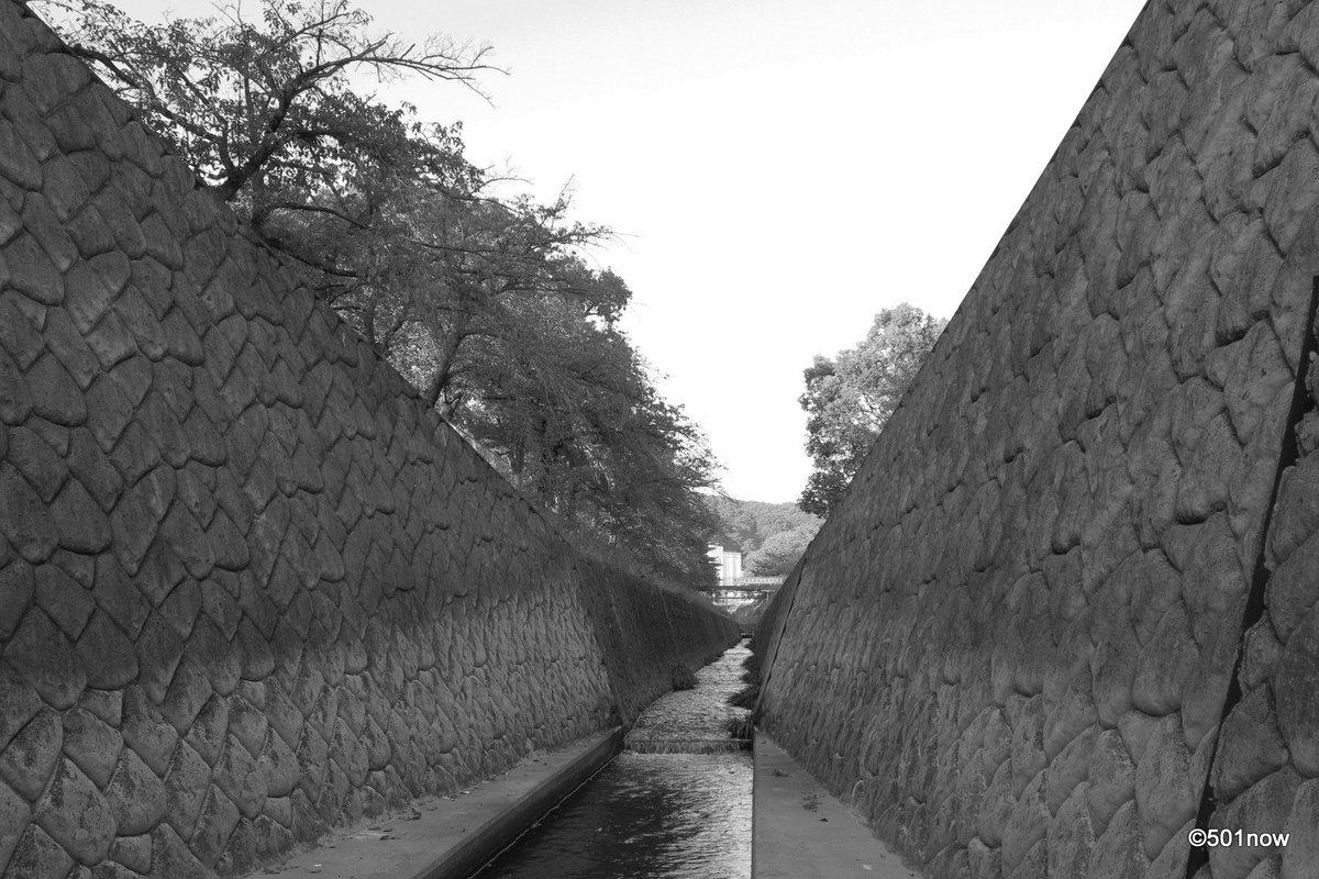 『川』#写真撮ってる人と繋がりたい#写真好きな人と繋がりたい#ファインダー越しの私の世界#写真 #カメラ #モノクローム