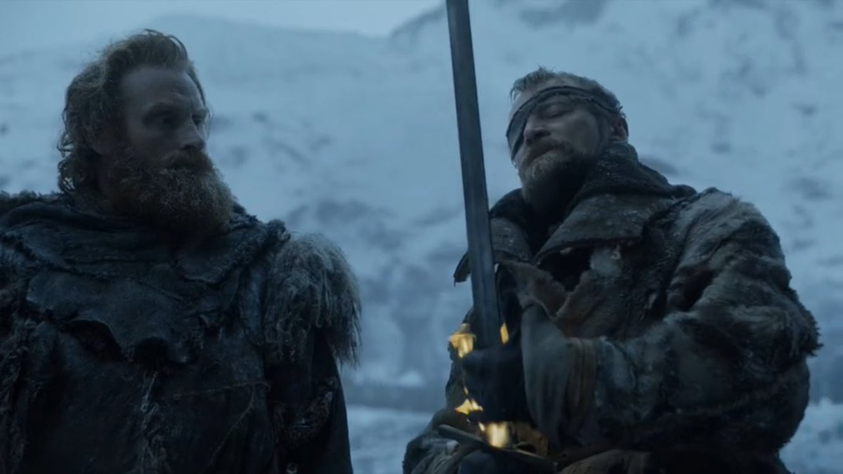 Why is Beric so extra when someone asks for a light, jeez. 🙄 #GoTS7 https://t.co/U2dG76ylPD