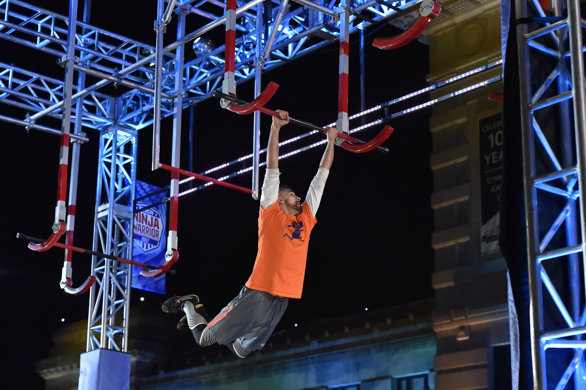 Did you see that?! This Ninja is on fire. #AmericanNinjaWarrior https://t.co/ELhE5yilHn