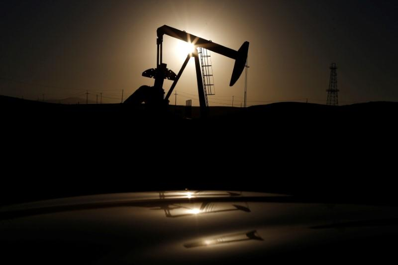 Oil prices edge up on signs of gradually tightening market