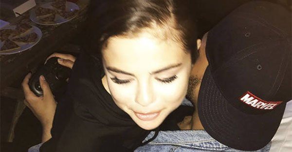 Selena Gomez couldn't keep her hands to herself while The Weeknd played video games: