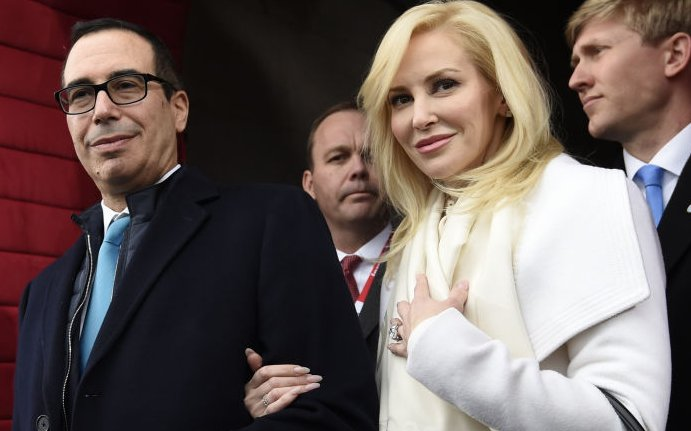 Wearing Hermes and Valentino, Louise Linton boldly rants about self-sacrifice on Instagram