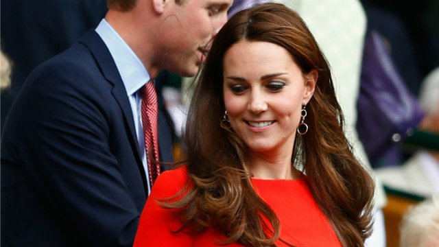 French court orders magazine to pay 100,000 Euros to Kate for publishing her topless photos