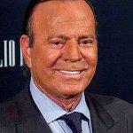 Spanish man files paternity suit against Julio Iglesias
