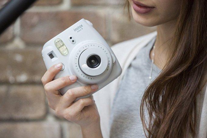 Giveaway: Fujifilm Instax Mini 9 Instant Camera