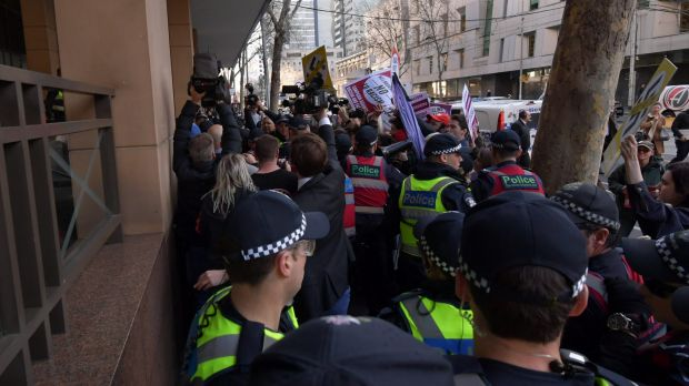 Protesters swarm outside Melbourne court as United Patriot Front leader faces racism charges