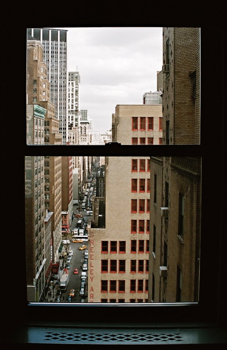 Take a photo (RIGHT NOW!) through your window and submit it here: https://t.co/5jh67A5eO3 ???? ???? https://t.co/O124swaZA3