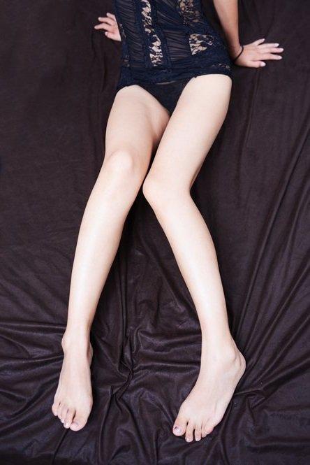 この足にいっぱいかけてほしいな…♥  汚してほしいの!  #裏垢女子 #らぶりつください   #RTで私を有名にしてください #裏垢女子と繋がりたい #裏垢男子 #エロ垢 #RTした人全員フォロー https://t.co/dHh2jbR4oh