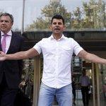 Spanish man files paternity suit against music icon Julio Iglesias
