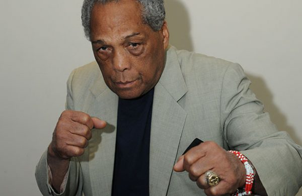 Fallece el boxeador Ultiminio Ramos https://t.co/NvJb8X0Af6 https://t.co/0oTLNgy9Jf